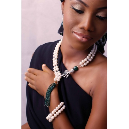 MAYA (CREAM PEARL AND AGATE NECKLACE SET)